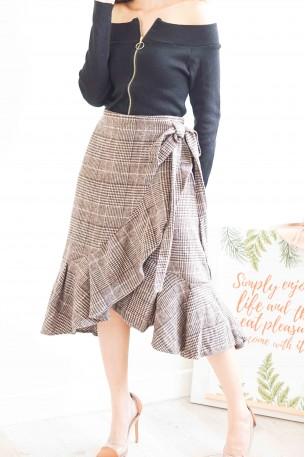 Well Mannered Ruffles Grid Skirt