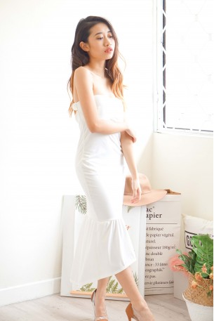 Queen Of The Night White Bodycon Fishtail Dress