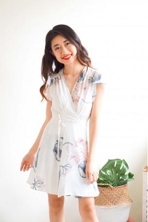 Pure Destiny White Self-Tied Dress