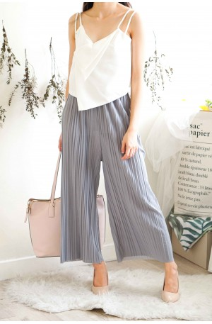 Faith and Love Pleated Pants in Grey