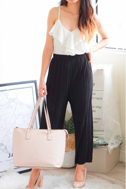 (BACKORDER) Faith and Love Pleated Pants in Black