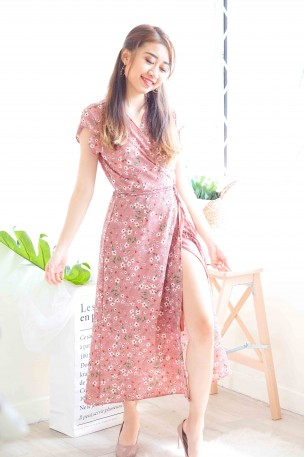Bed of Daisies Pink Midi Floral Dress