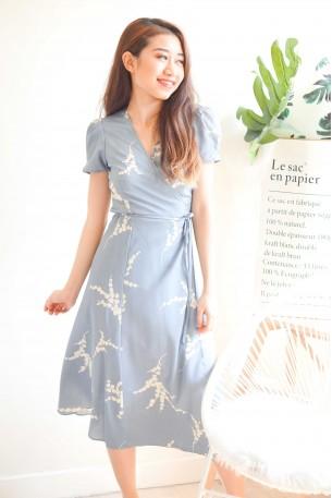 (BACKORDER) Dewy Morning Blue Floral Self Tied Midi Dress
