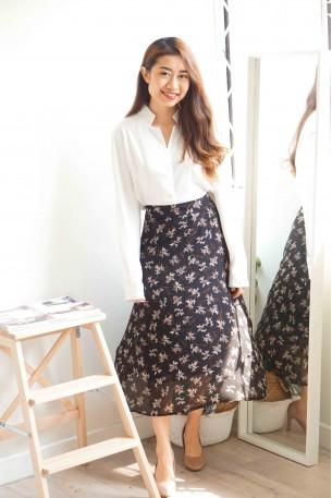 Sweetest Scenario Floral Midi Skirt in Black