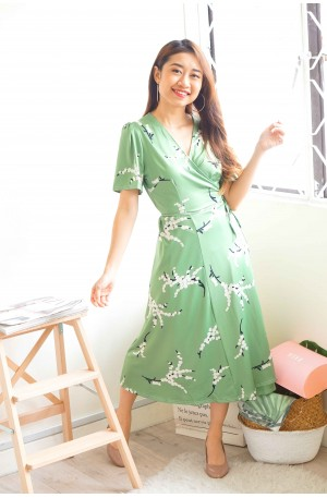 (BACKORDER) Daylily Fields Green Floral Self-Tied Dress