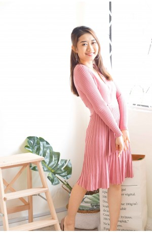 Lady's Manners Pink Knit Dress