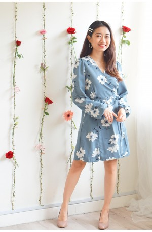 Here Comes Beautiful Blue Floral Self Wrap Dress