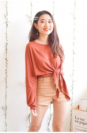 It's Complicated Knot Top in Red