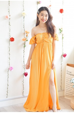 Tales Chaser Off Shoulder Maxi dress in Yellow