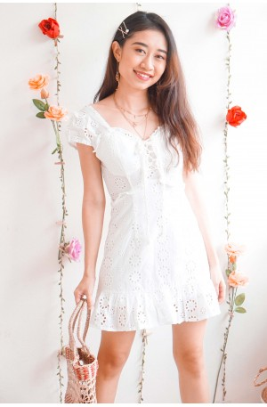 (BACKORDER) Vitamin Sea White Crochet Lace Up Dress
