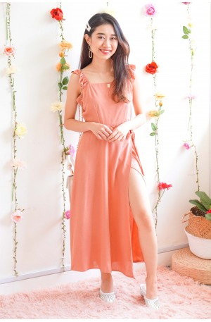 (BACKORDER) Warming Up Midi Dress with Ruffle Sleeves in Pink