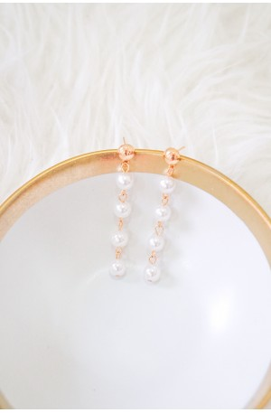 Pretty Life Pearl Earrings