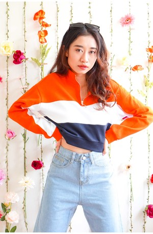 (BACKORDER) Vice Versa Tricolor High Neck Sweater in Orange