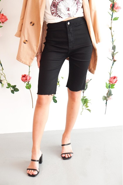 (BACKORDER) Payback Cropped Jeans in Black