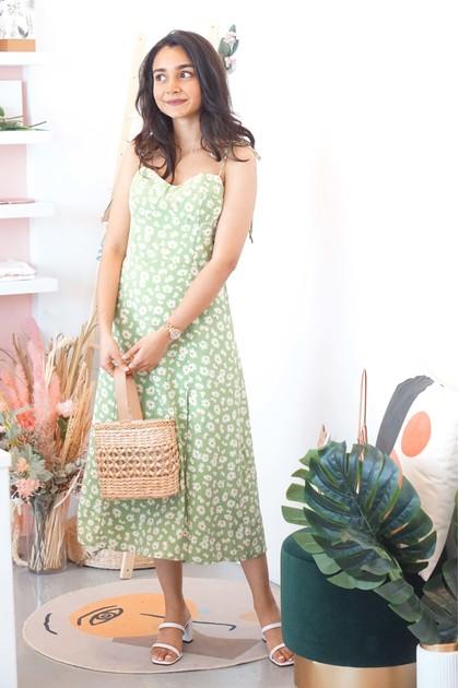 Picnic Date Daisy Midi Dress in Green