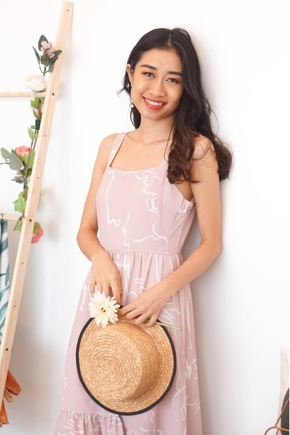 Reverie Pastel Abstract Dress in Pink