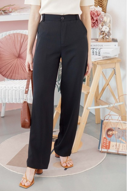 Step Up Pants in Black
