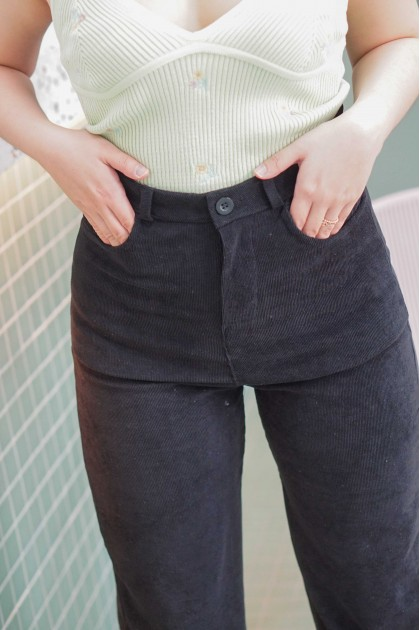 Come My Way Pants in Black