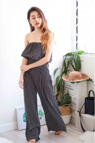 Airplane Mode Black Stripes 2 Piece Set