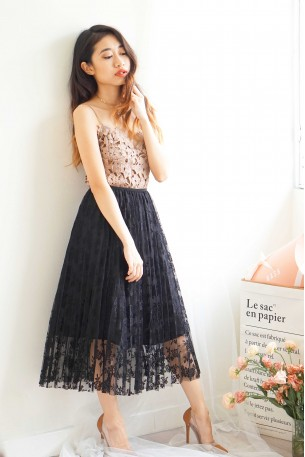 Almost Lover Lace Pleated Skirt in Midnight Black